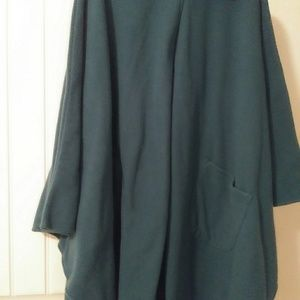 Cape Coat Length 92in bust 60.